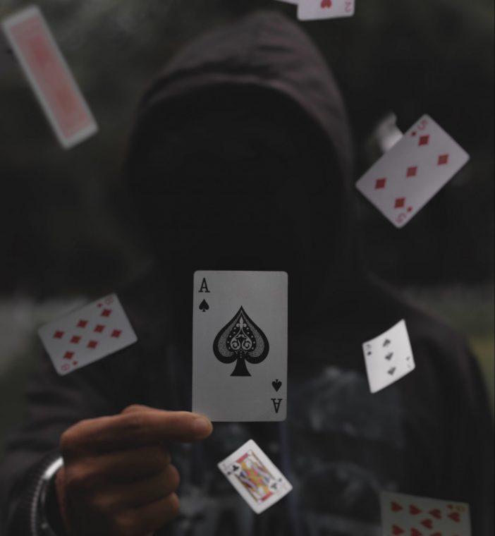 لاعب البوكر